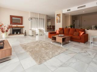 Villa de 6 dormitorios - Villa Marina 16, Marbella