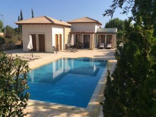 4b Adonis Golf villa - Aphrodite Hills