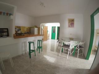 Surfhouse-Hostel Caleta de Famara