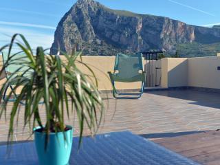 Mira6 - San Vito Lo Capo - Terrazza Solarium Exclusive 550mt dalla spiaggia. Wi-Fi Flat avitable