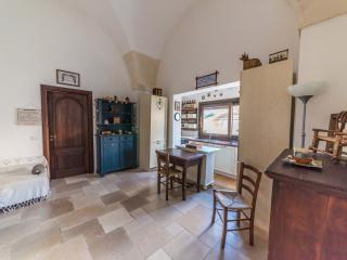 La casa della Gioia, Lecce
