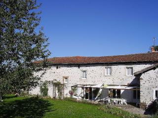Large Farmhouse In Pretty Hamlet, Chabanais