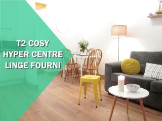COSY + HISTORIC CENTER + LINEN PROVIDED, Vannes