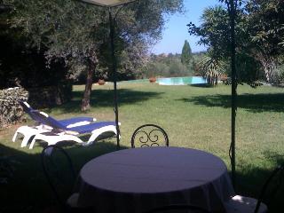 Proprieta' immersa nel verde a 20 min. dal centro., Rome