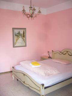 Villa La Rogaia apartment La Nostalgia - the Pink Bedroom