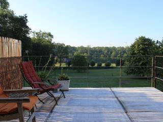 la terrasse avec vue imprenable sur les campagnes