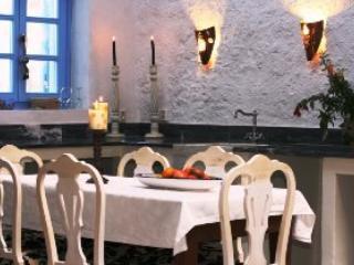 Mandarin house, stone built in picturesque village, Rhodos-Stadt