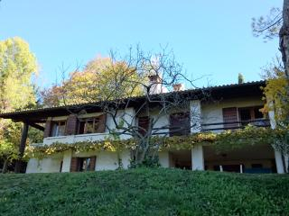 Country house in the hills around Asolo, La Rovaia, Monfumo