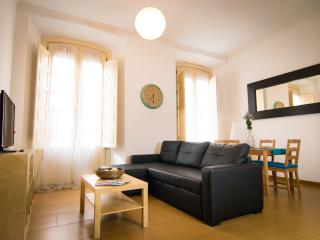 Charming 1 bedroom apartment centre & Port Malaga, Málaga