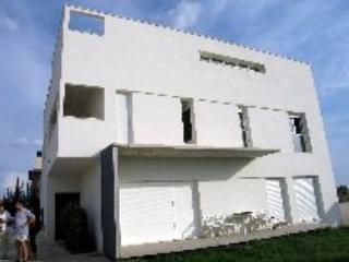 Preciosa casa moderna en un bello entorno rural, Rute