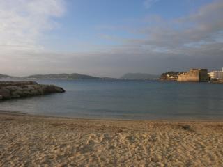 LOCATION 2 PIECES à 50m des plages, Toulon