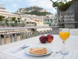 New Central Penthouse-Breaktaking Lycabettus View!, Atenas