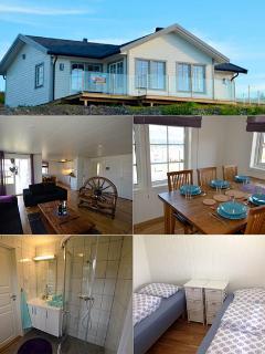 seahouse nr 3.  3 bedrooms total 6 persons, 1 bathroom, seaview.