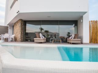 Villa  vistas al mar y castillo de Ibiza, Nuestra Senora de Jesus