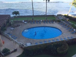 Menehune Shores #507 Beach front, 2bdrm  Sleeps 6, Kihei