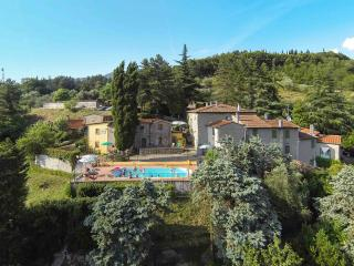 Casa Toscana in Holiday farm with pool, Vernio