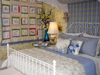 Hughson Hall Bed & Breakfast West WIng, Stratford