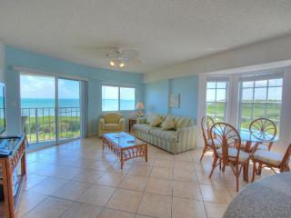 TOP FLOOR - END UNIT - OCEAN VIEWS ALL ROOMS !, Tavernier