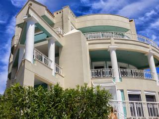 Upscale Athens vacation villa by the sea, EOT, Marathon