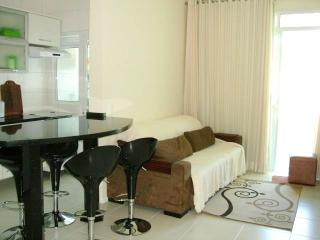 Apt 02 bedrooms (01 suite ) , sleeps 06 people, Canasvieiras