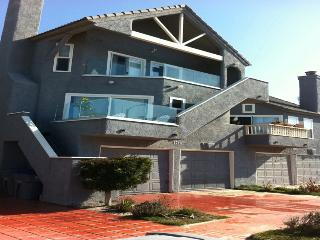 Ocean and Beach View Townhouse, Oxnard