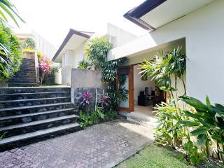 Tranquil Indah Villa1, 2Br, Tabanan