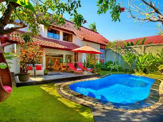 BEACHSIDE ALYSHA VILLA SEMINYAK BIG and SPACIOUS