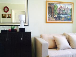 Newly furnished 1 bedroom suite at Gramercy Makati