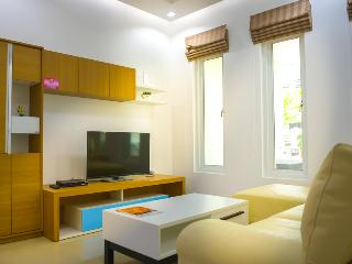 Amazing Modern Jacuzzi Town Home in Hua Hin