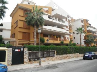 2 bed, 2 bath apartment, La Recoleta, Punta Prima
