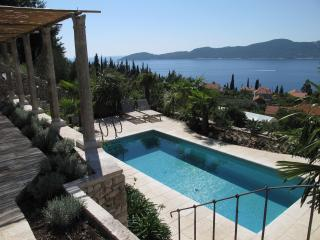 Villa Lavanda with a Private Pool and Sea View, Trsteno
