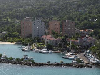 1 bed  Ocean view beach apartment, Ocho Rios