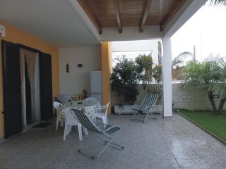 Tavolo e sedie esterne, sdraio e accessori per la spiaggia