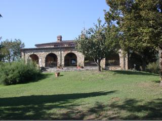 Villa di Leonardo, historic Villa for large groups, Amorosa