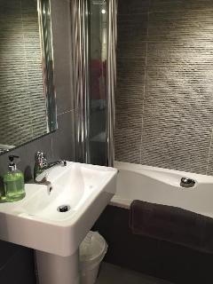 modern shower en-suite to master