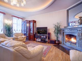 3-bedrooms apartment with а sauna!city centre!, St. Petersburg