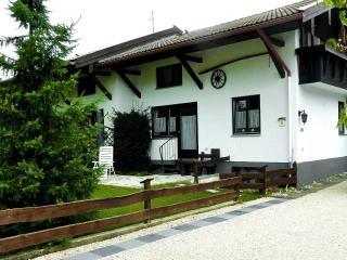 Haus Monika im Luftkurort Ubersee im Chiemgau.