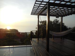 3 BED SEA VIEW VILLA/INFINITY POOL/ROOF TERRACE, Ko Phangan