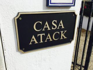 Welcome to casa Atack