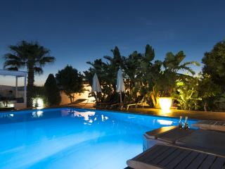 Villa de lujo con piscina