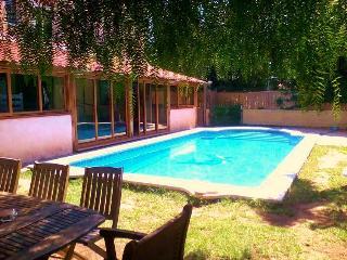 Villa con piscina cerca de PortAventura, Reus