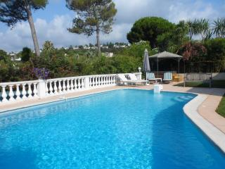 Villa with private pool in gated community, Villeneuve-Loubet