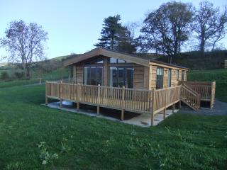 Moonrise Lodges, Marton