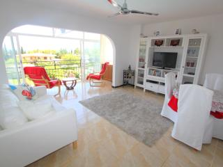 studio apartment with sea views, Palmanova