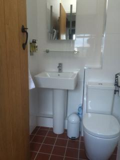 Good quality bathroom suite, hand wash and hand cream for use during your stay.