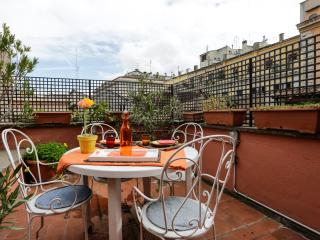 Romantic Nest in Rome, close to the Pantheon.
