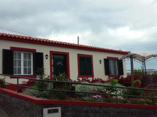 BELA HOUSE, Estreito da Calheta