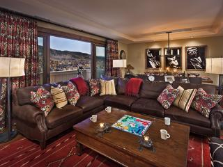 Ski-in/Ski-out Luxury - 4BR - Sugar Loaf - One Steamboat Place