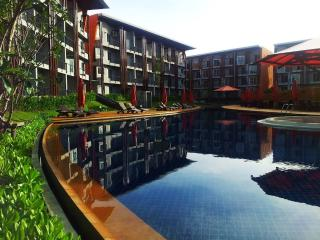 Samui Condo, 63 m2, walk to beach !