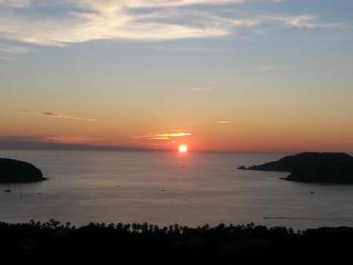 Best sunsets in La Ropa, Zihuatanejo.